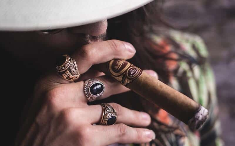 How To Get Your Cigar To Burn Evenly
